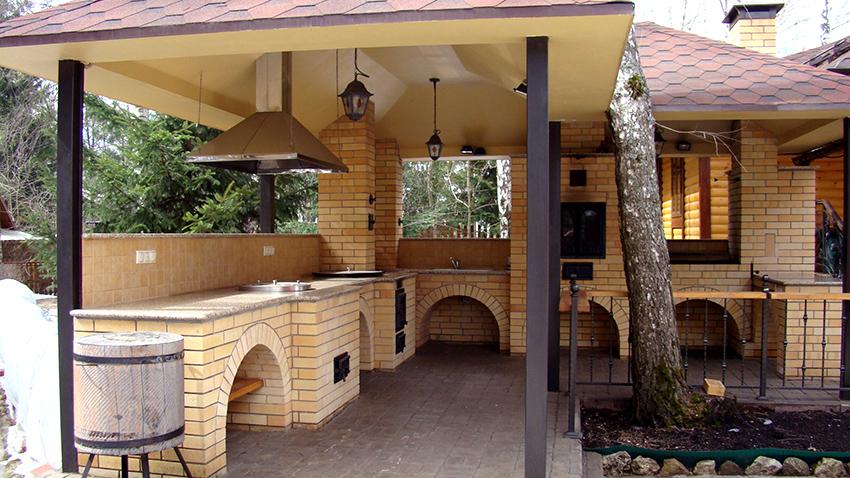 Строительство летней кухни своими руками фото
